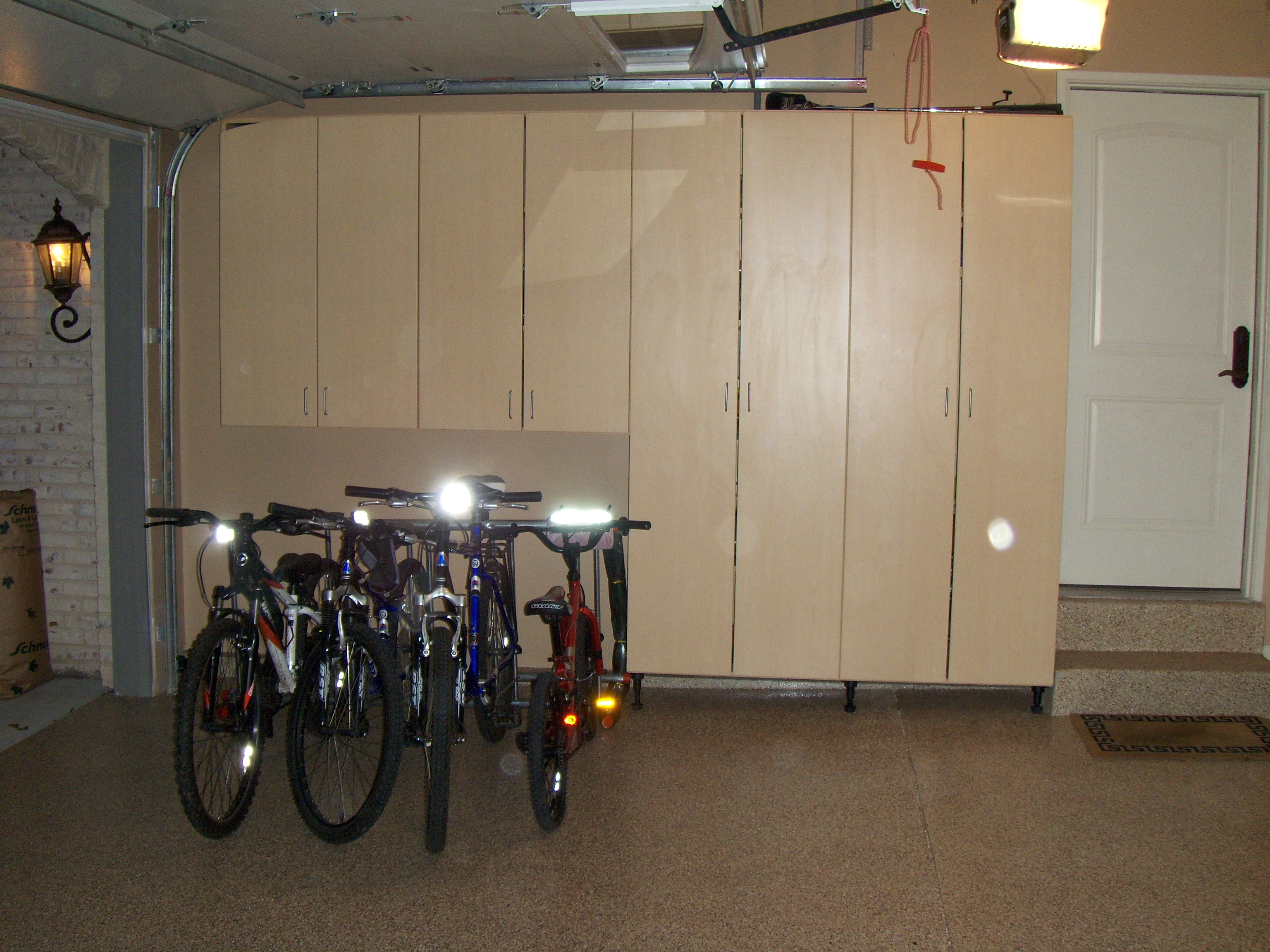 Garage Designs Of St Louis: 3 Zones For Storing Bicycles In Your Garage