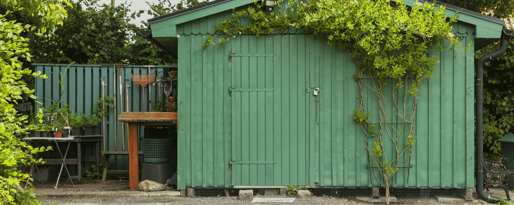 "Turn Your Garage into a ""She Shed"""