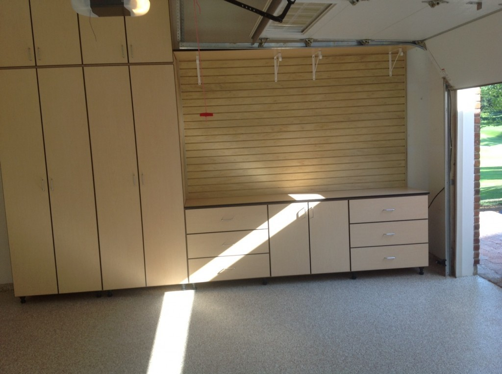 Garage cabinets galore in chesterfield mo for Garage designs com