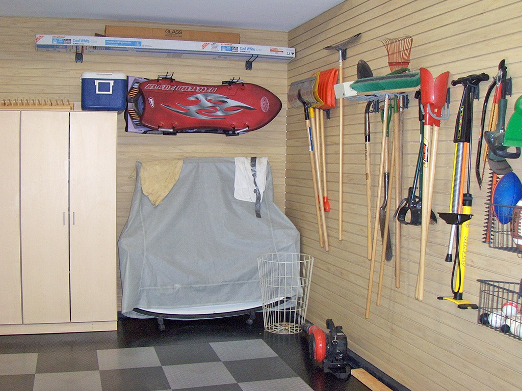 space saving ideas- garage storage solutions