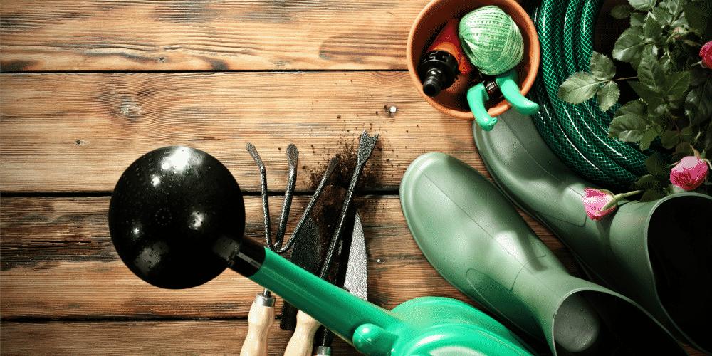 Smart Ways to Incorporate Garden Storage into Your Garage