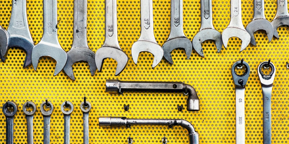 Quick and Clean Guide to Garage Spring Cleaning